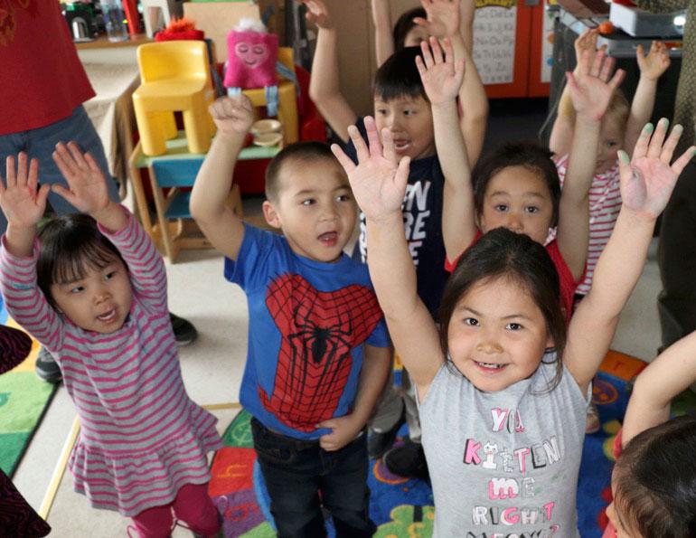 How Rich Kids Get Head Start >> Head Start Kids All Smiles And Dance Back At School Kawerak